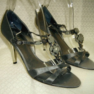 Nine West NWJustino Heels Pewter 7.5M Chrome Heels